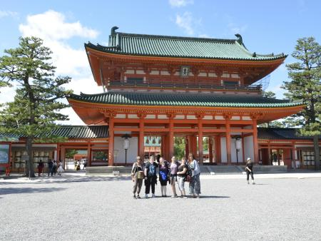 ACC study abroad students in Japan